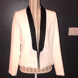 2/$15 Forever 21 exclusive white and black blazer